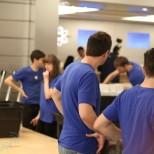 apple store2010 04 2704 16 55jobs