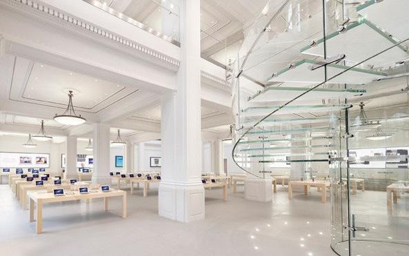Apple Store Amsterdam interior 001