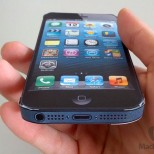 iphone 5 in hand