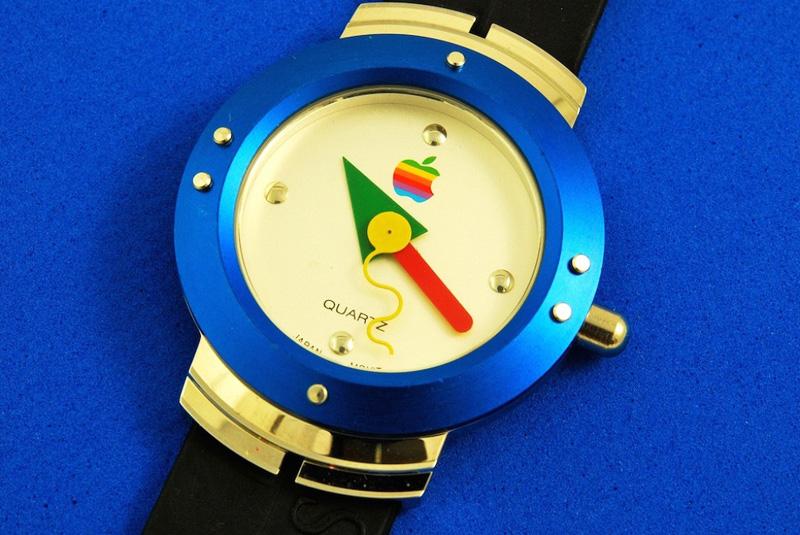 Apple Watch 1995 1