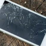 broken iphone glass