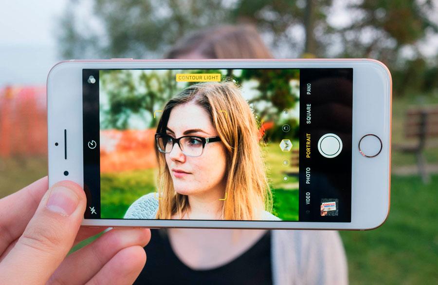 фотографии с телефона получаются зеленые мастерству актрисы органично