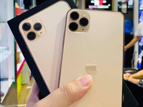 iphone11 unpack2